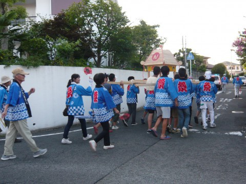 みこしパレード